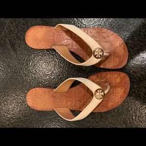 Tory Burch Thora Flip Flop Off White Size 7